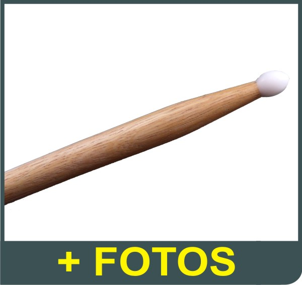 Par de Baquetas - On-Stage Sticks Selected Hickory - Ponta Longa de Nylon - 7A