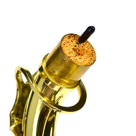 Exemplo de utilização da surdina no tudel do instrumento